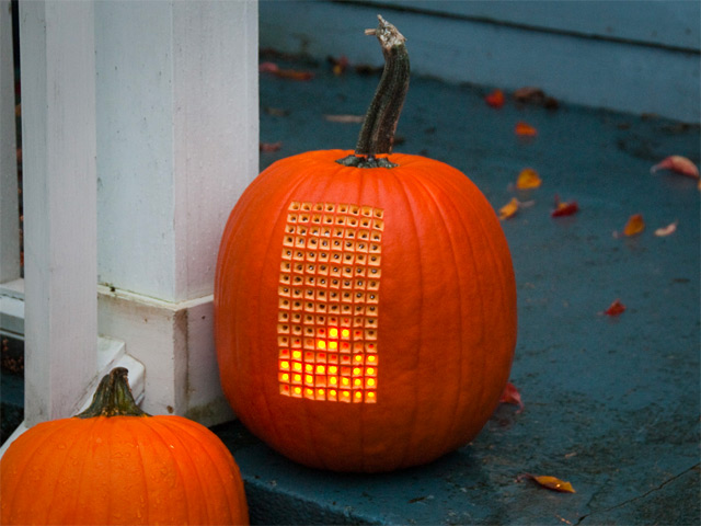Pumpktris: A Fully Playable Version of Tetris Inside a Carved Pumpkin video games pumpkins Halloween