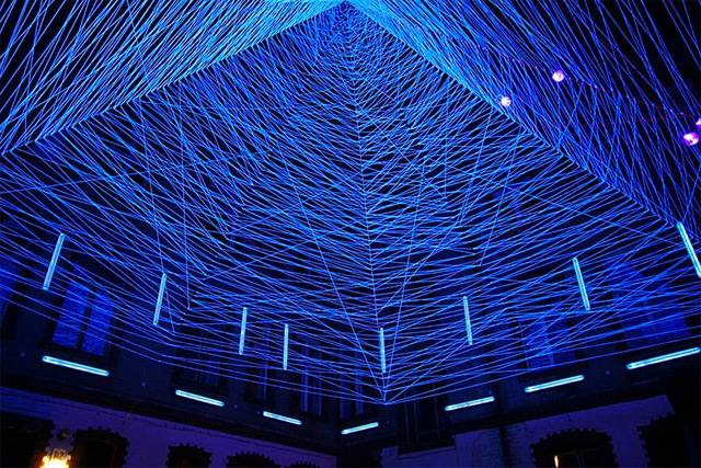 Three Dimensional UV Thread Installations by Jeongmoon Choi thread light installation