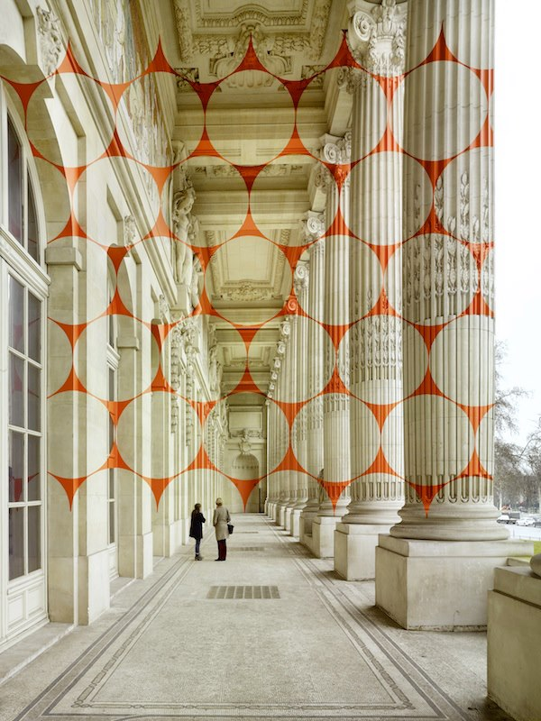 New Geometric Projection by Felice Varini in Paris installation geometric anamorphism