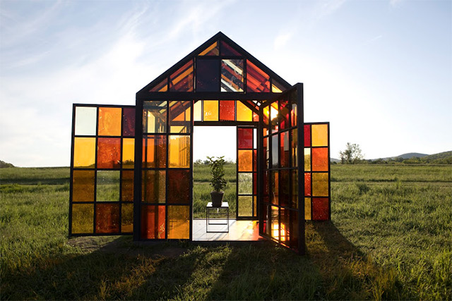 A Hilltop Solarium Made with Panels of Caramelized Sugar by William Lamson