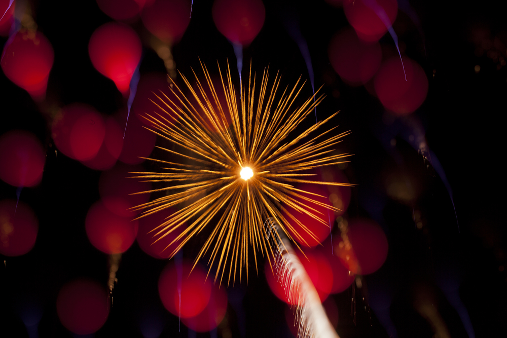 Explosions in the Sky: Macro Photographs of Fireworks by Nick Pacione macro fireworks