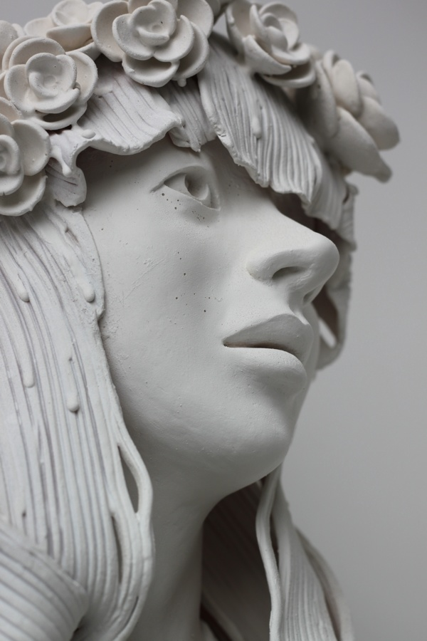 Delicately Sculpted Busts By Gosia Colossal