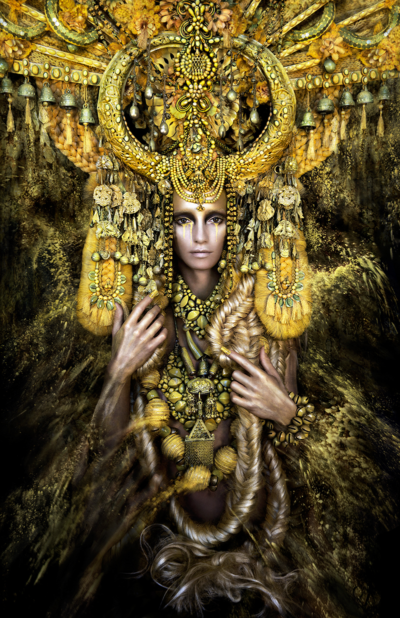 Kirsty Mitchell alice in wonderland