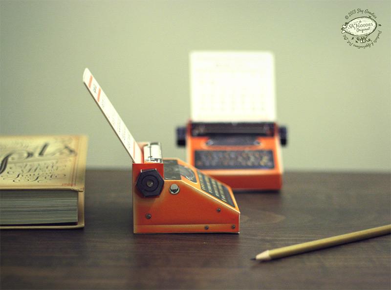 DIY Printable Paper Typewriter Calendars typewriters paper calendars