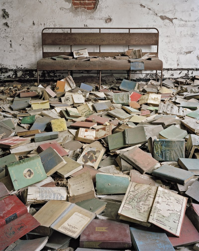 Eerie Photos of North Brother Island, the Last Unknown Place in New York City | Colossal
