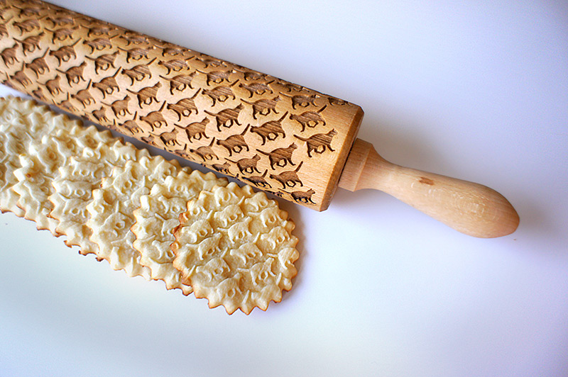 Custom Engraved Rolling Pins Imprint Patterns into Cookie Dough food cooking baking