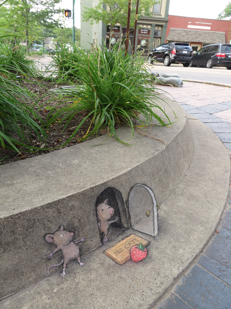 David Zinns Quirky Chalk and Charcoal Characters on the Streets of Ann Arbor street art illustration humor comics chalk cartoons