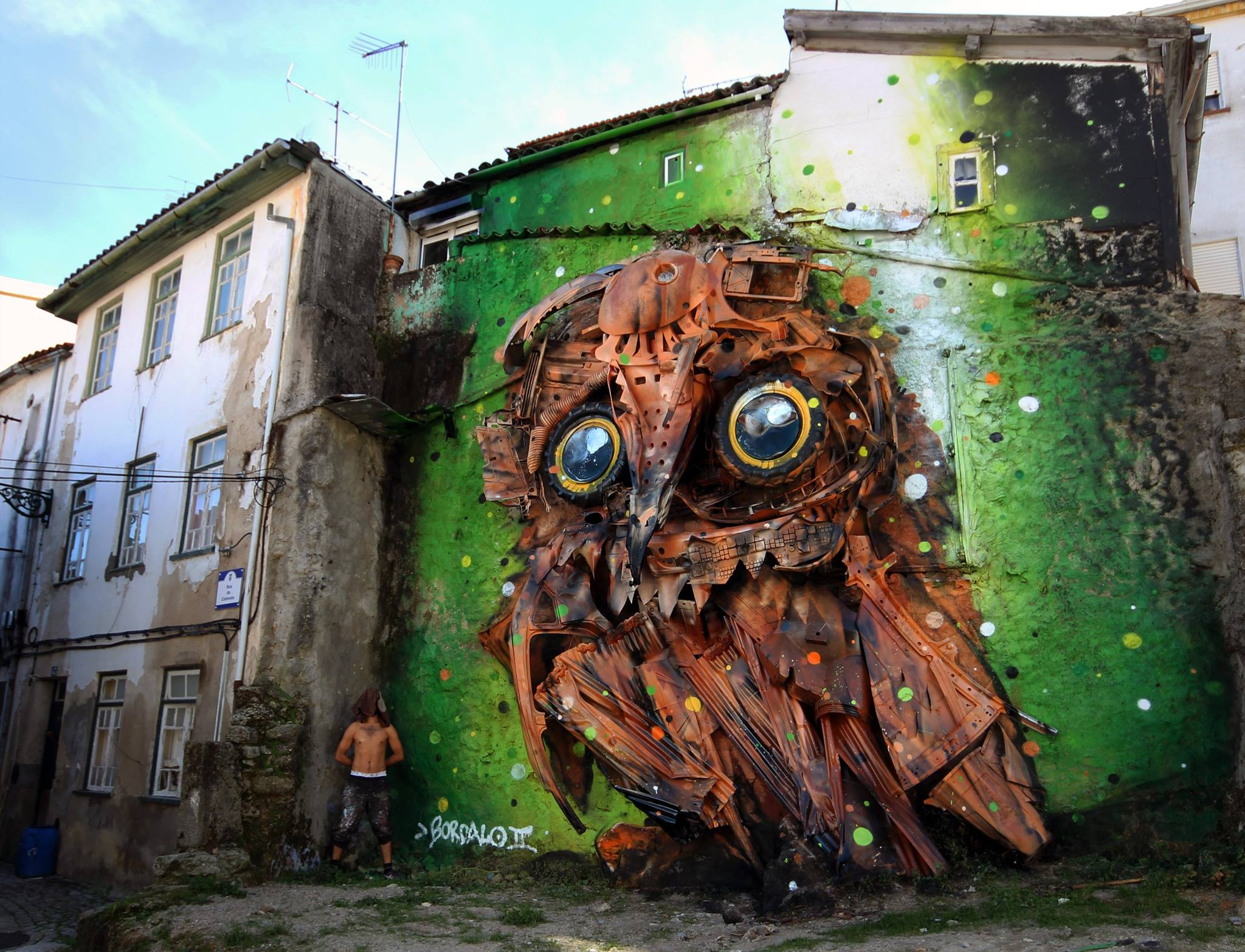 Trash and Found Objects Transformed into Birds by 'Bordalo II' | Colossal