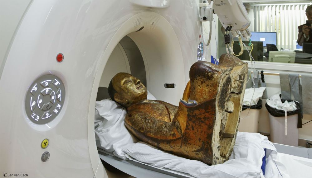 CT Scan of 1,000-Year-Old Buddha Statue Reveals Mummified Monk Hidden Inside | Colossal