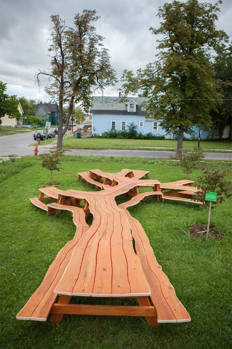 Branching looping wooden tables by michael beitz colossal for Garden table designs wood