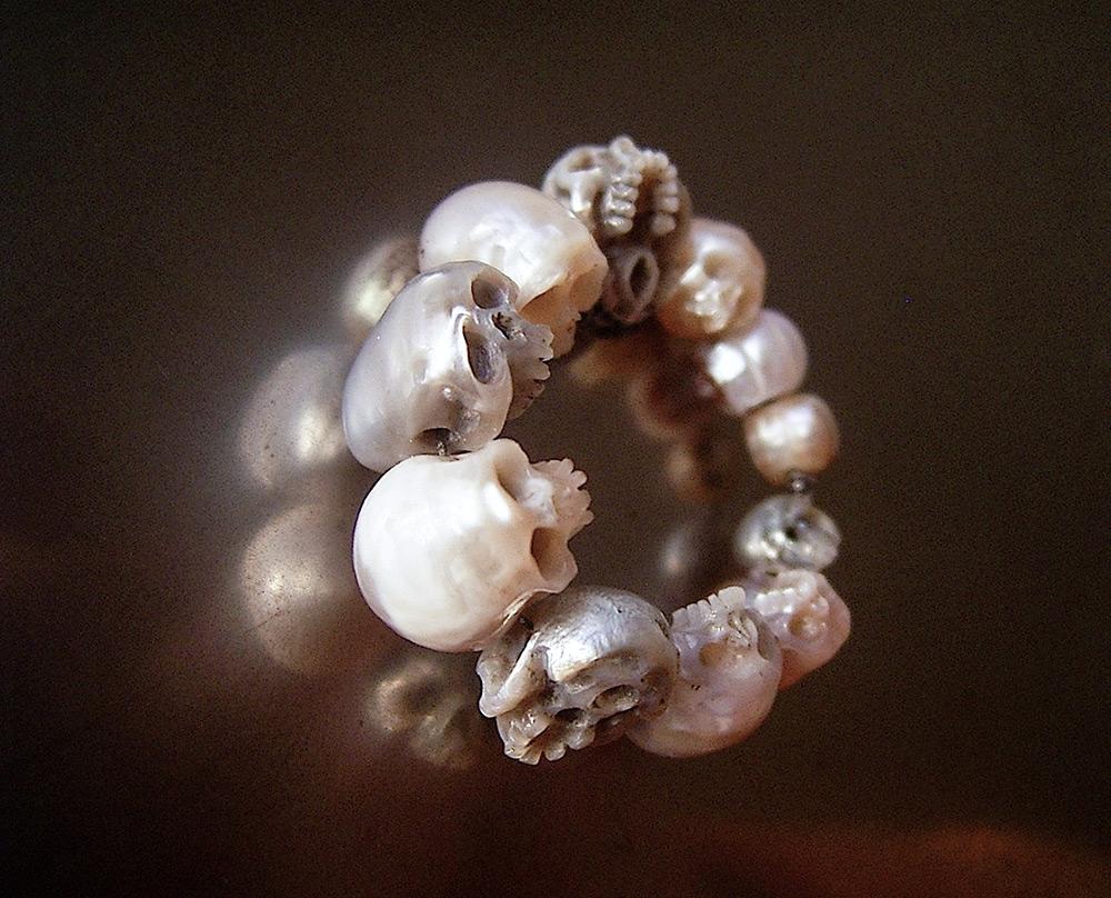 pearl-skulls-10