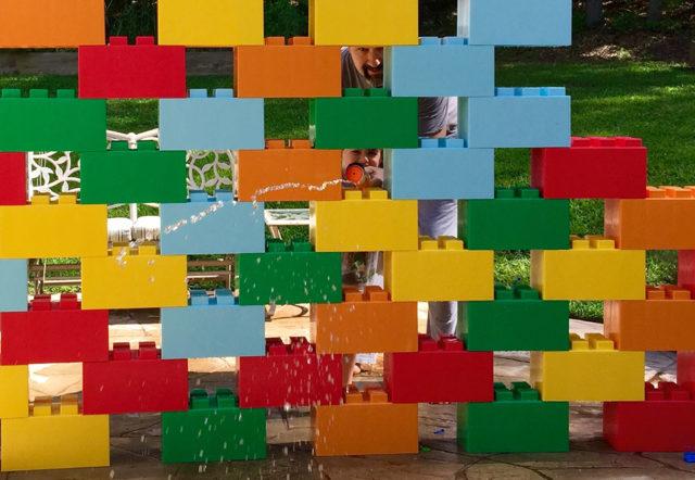 EverBlock: Customize your Space With Oversized Modular Lego Bricks