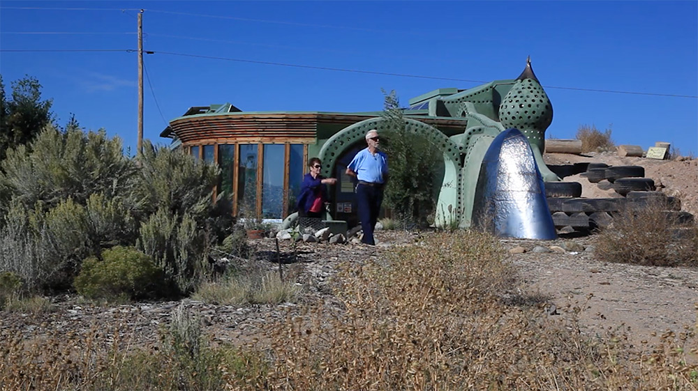 earthships-3
