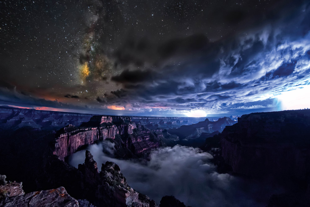 Timelapse Video Captures Rare Full Cloud Inversion Inside the Grand Canyon