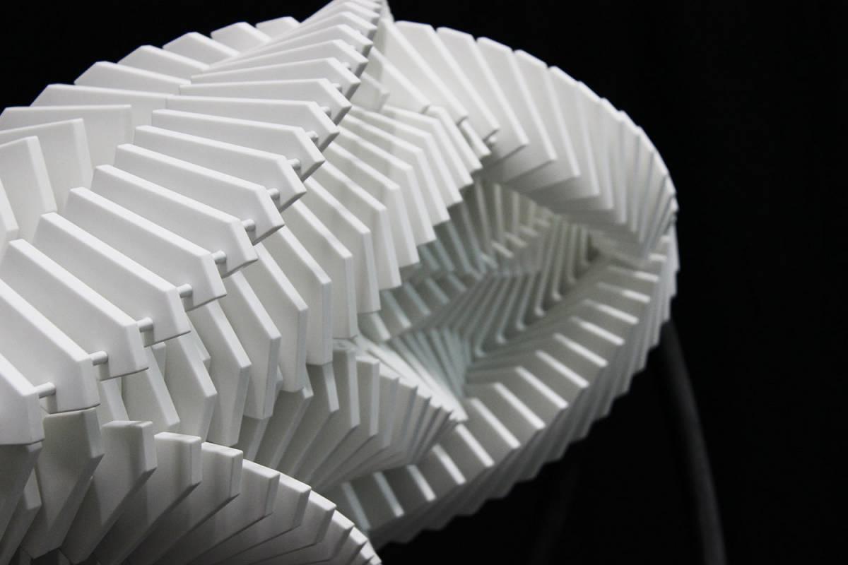 Asinas II: A Dizzying New Kinetic Sculpture by Jennifer Townley Artes & contextos AsinasII5 web