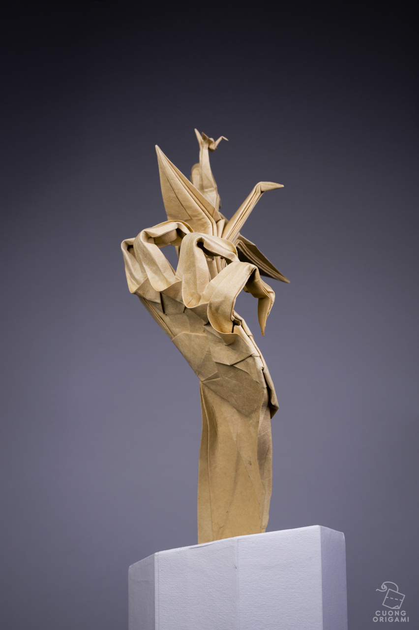 Origami colossal represents all origami creators who inspired me making my dream come true the piece is on view at the jaffa museum in tel aviv as part of the current jeuxipadfo Images