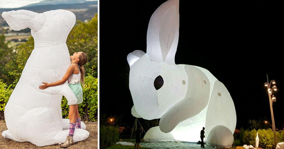 Amanda Parer S Giant Inflatable Rabbits Invade Public