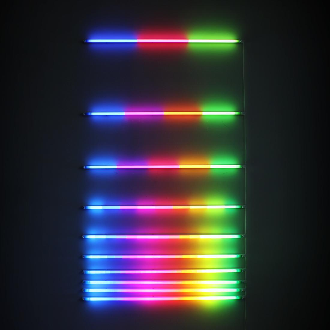 Increasing Resolution (2012), fluorescent lights, filters, 120 x 190 cm