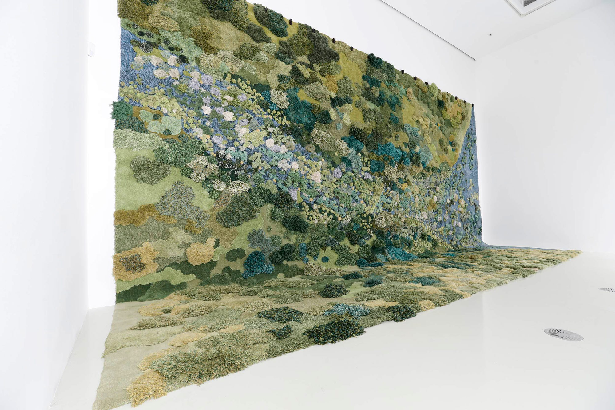 """No Longer Creek"" (2016), Textile tapestry (handtuft system), wool, 820 x 460 cm, Presented at Design Miami/ Basel, 2016 