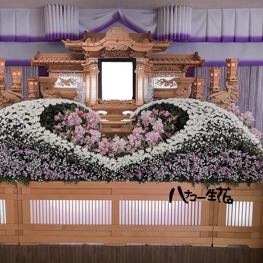 The Art of Japanese Funeral Floral Arrangements