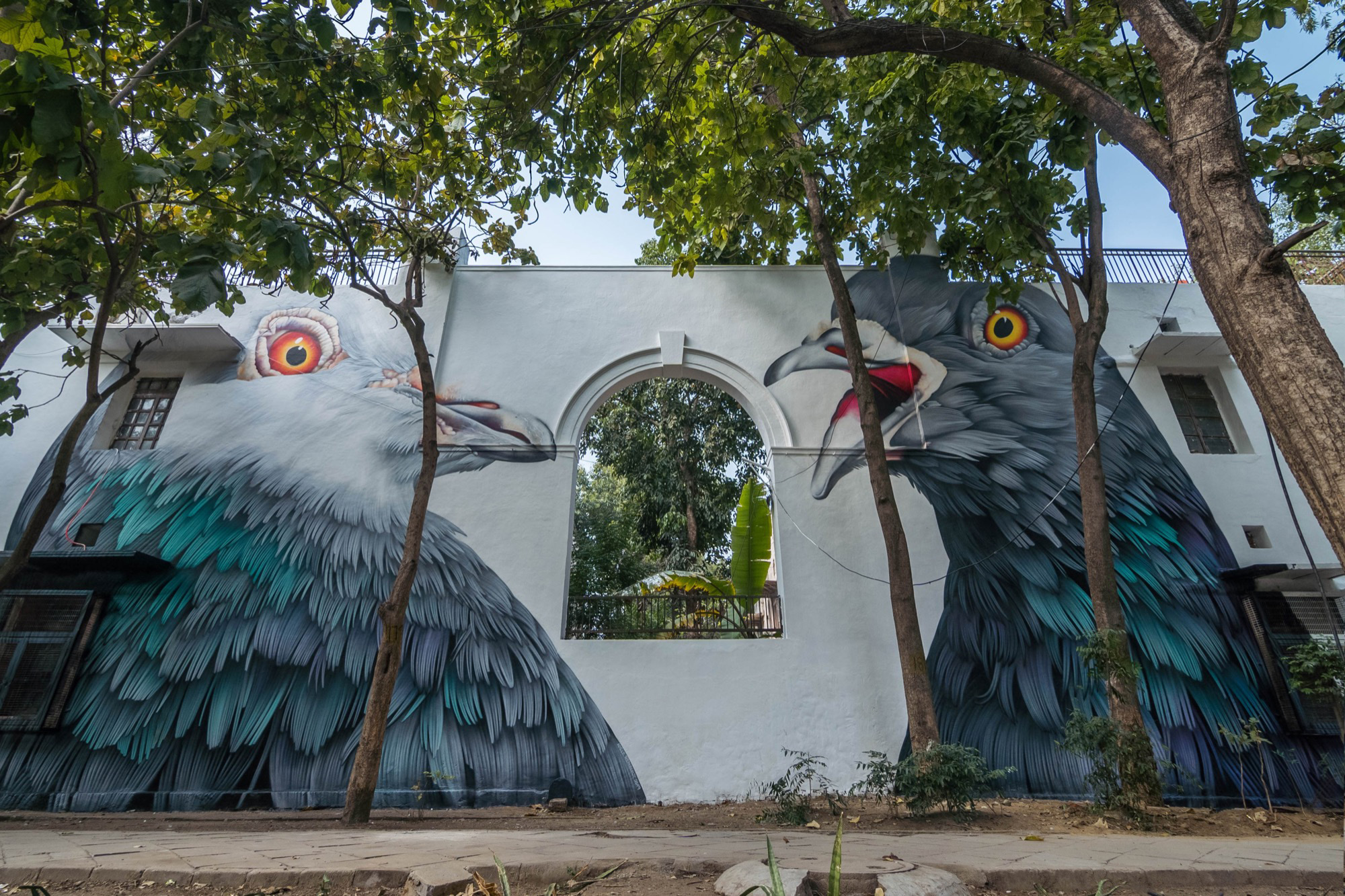 All images by Pranav Gohil, via Street Art News