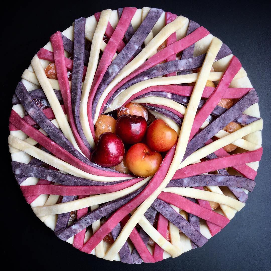 Dazzlingly Gradients and Geometric Designs Baked into New Pies and Tarts by Lauren Ko   Colossal