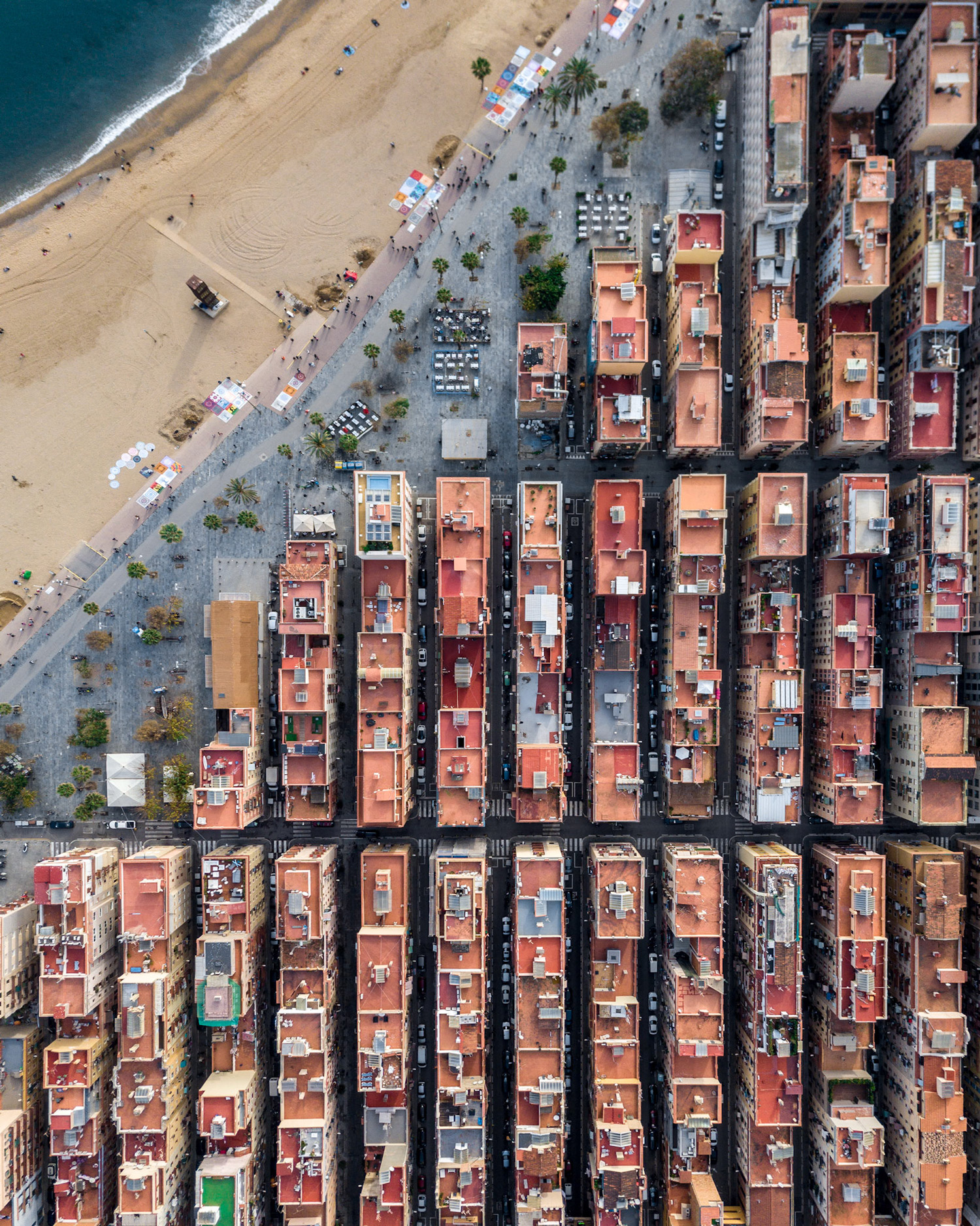 Aerial Photographs Explore the Unique Geometric Patterns of Coastal Barcelona | Colossal