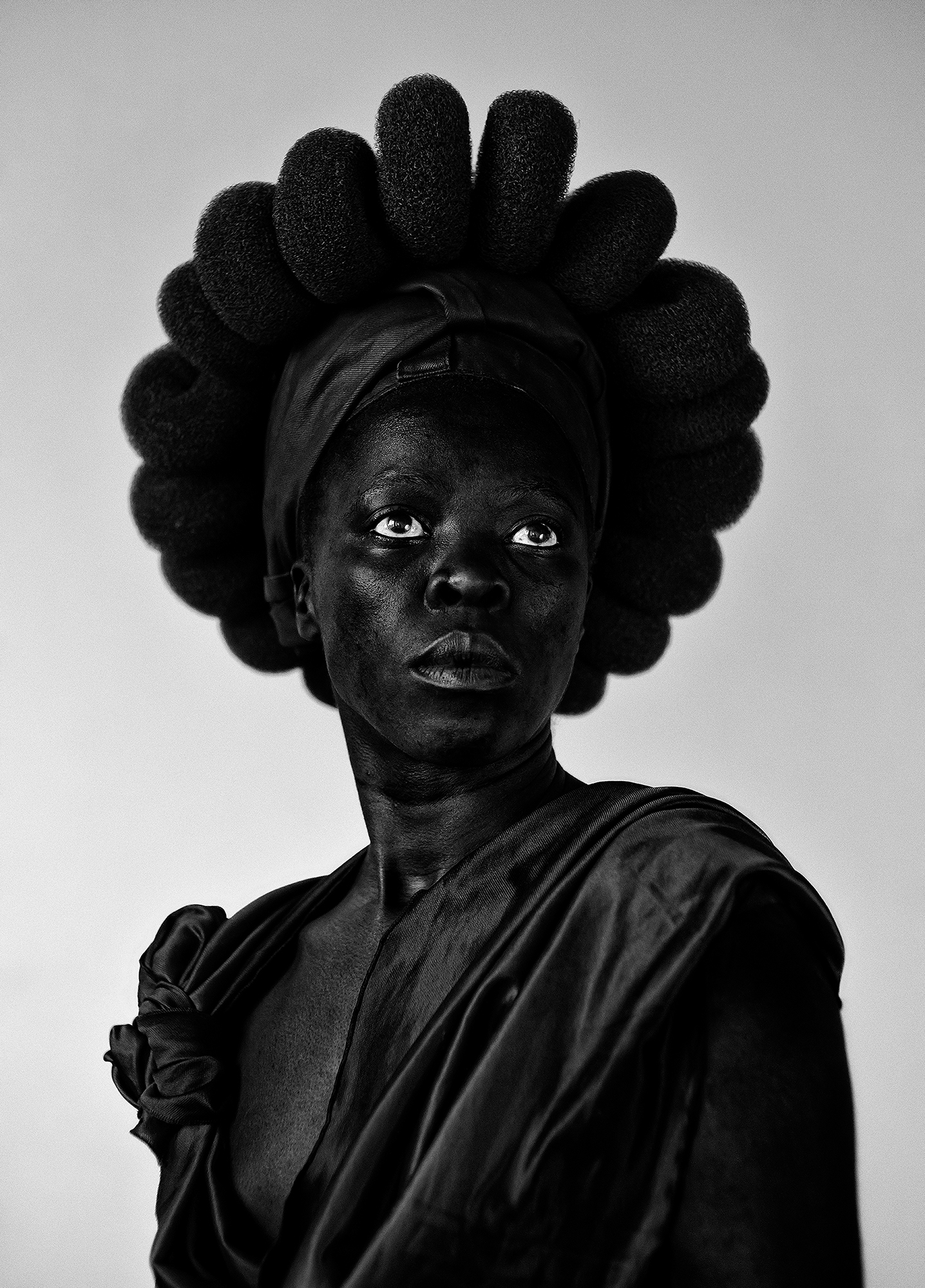 """Ntozakhe II, Parktown, Johannesburg"" (2016), © Zanele Muholi, courtesy of Stevenson Gallery, Cape Town/Johannesburg, and Yancey Richardson Gallery, New York"