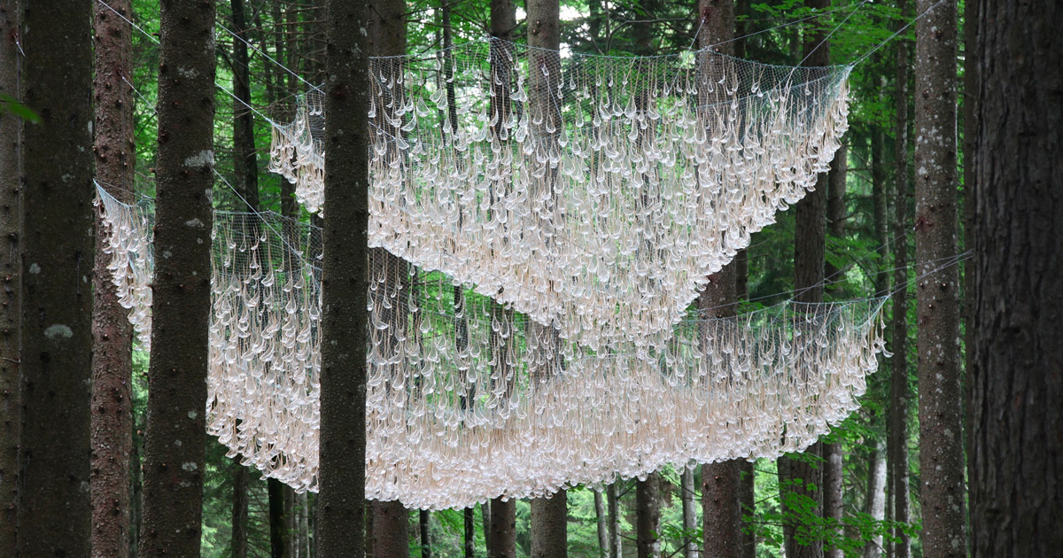 Rainwater Collecting Installation by John Grade Impresses Like An Outdoor Chandelier thumbnail