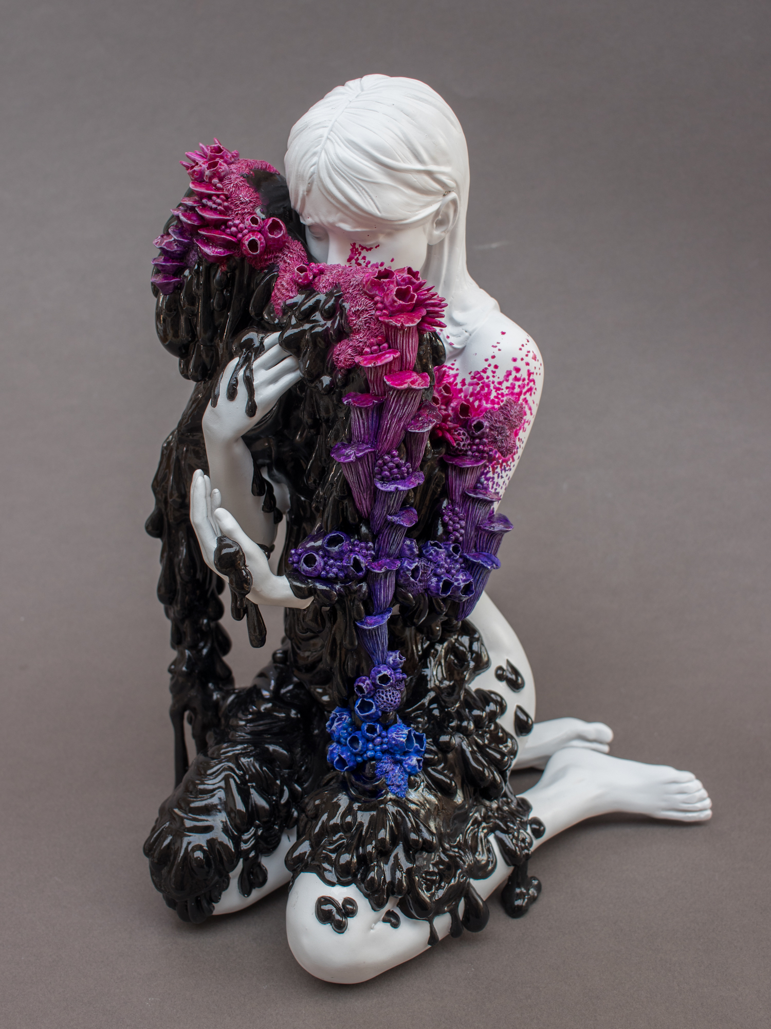 Sorrowful Sculptures Designed in a Three-Part Collaboration Meditate on Life, Loss, and Regeneration | Colossal