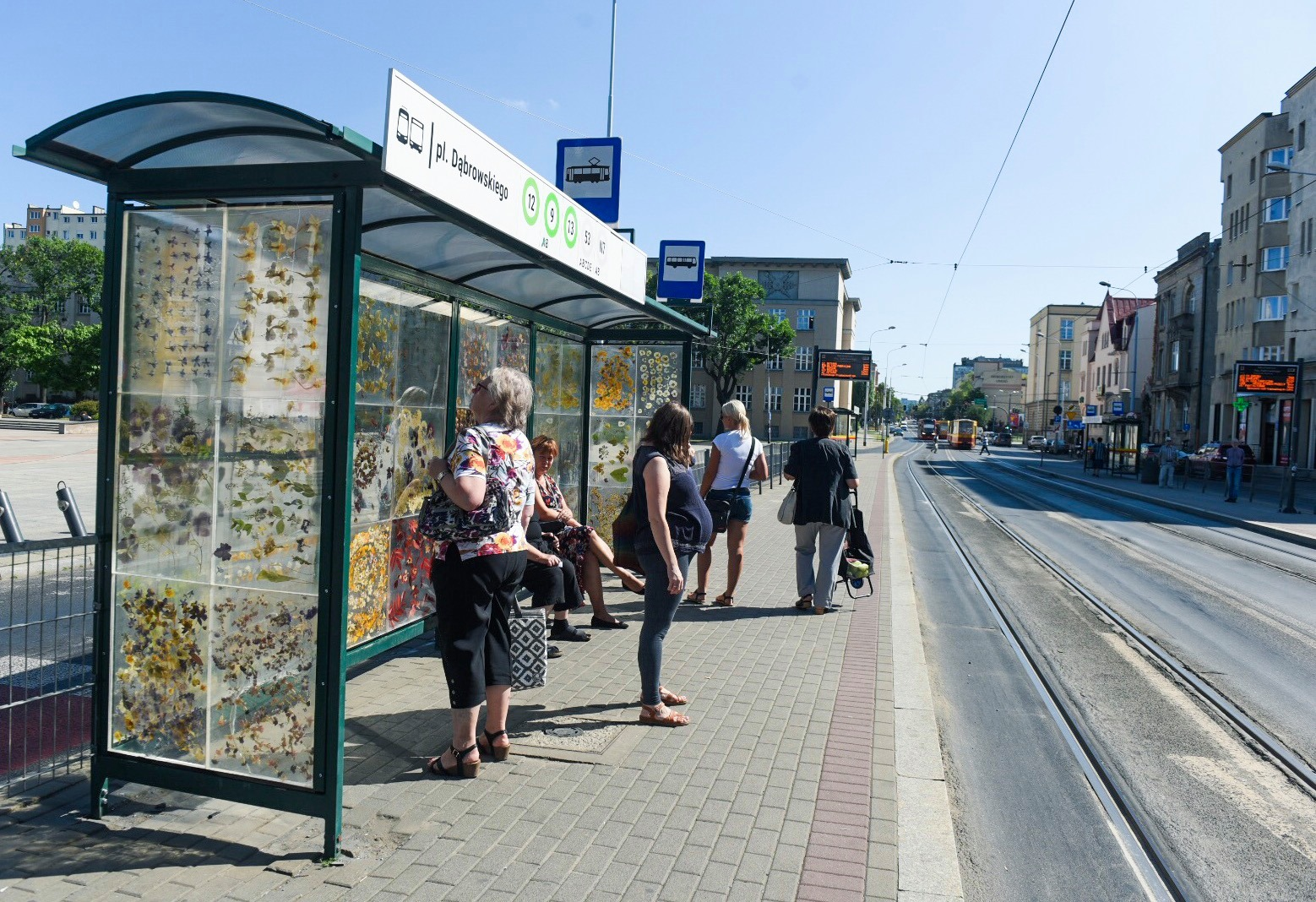 Polish Tram Shelter's Walls Become a Gallery for Dried Flower Designs